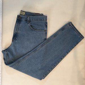 LL Bean Men's Blue Jeans Classic Fit Size 35 x 32